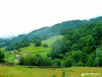 Valles Pasiegos;viajes puente mayo singles madrid grupos rutas trekking viajes naturaleza floracion